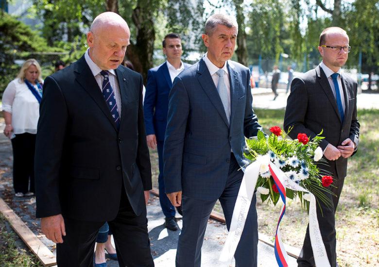 Premiér Babiš navštívil Larischovu vilu