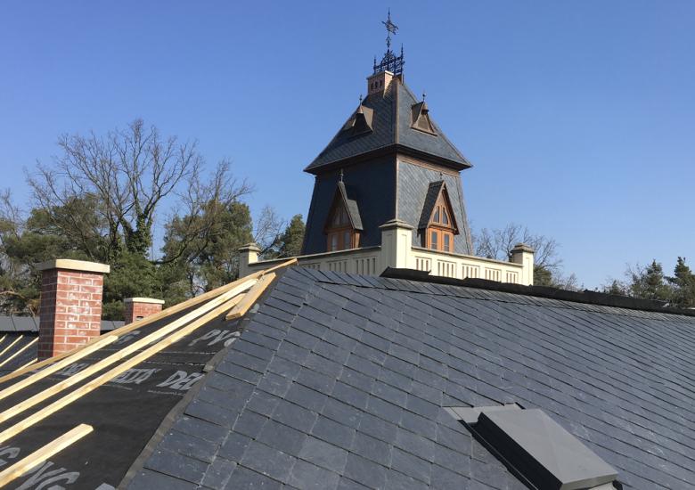 Rekonstrukce střechy Zámečku